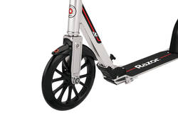 Razor A6 Alloy Commuter Scooter with Rear Fender Brake - 10